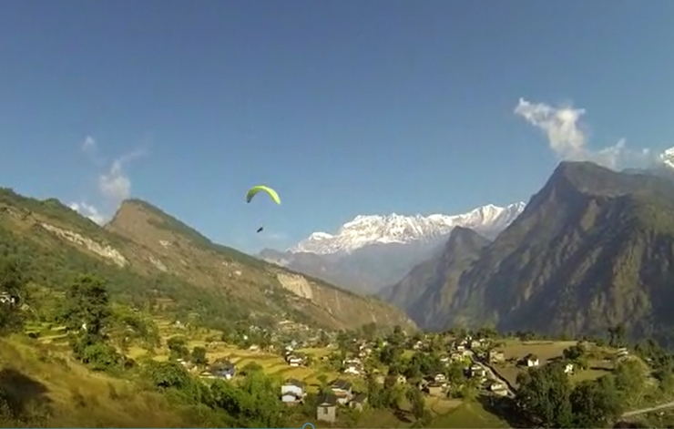 Enjoy the view of Dhaulaghiri and Annapurna